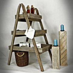 Ladder shelf with 3 deep shelves