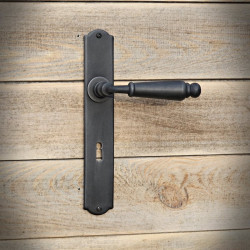The antique OSLO handle with a key plate